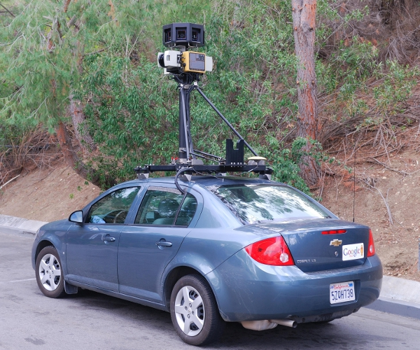 Google_Street_View_Car_in_Calabasas