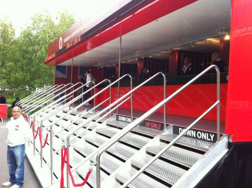 photo 1 520x388 The giant Vodafone truck that can charge 2,000 mobile handsets at one time