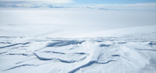 0477-One_of_many_shots_of_the_magnificent_Antarctic_landscape_3