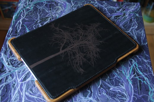 IMG 5452 520x346 TNW Review: Grove uses bamboo, leather and lasers to protect your iPad 2