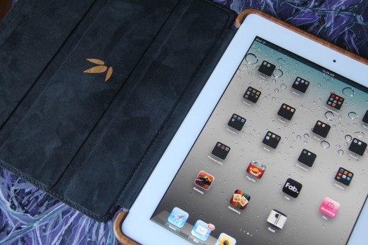 IMG 5453 520x346 TNW Review: Grove uses bamboo, leather and lasers to protect your iPad 2