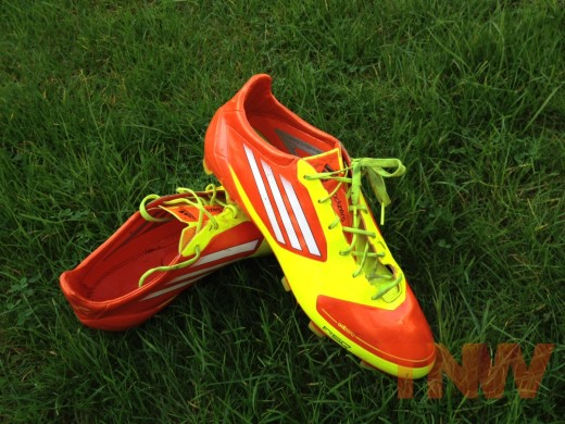 photo 5wtmk0001 520x390 TNW Review: Adidas smart new iOS connected football boot with a brain