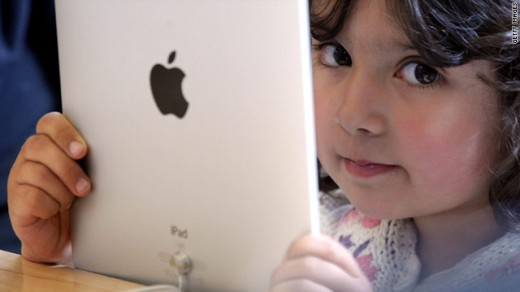 ipad kids 520x292 In 2011: How the Internet Revolutionized Education