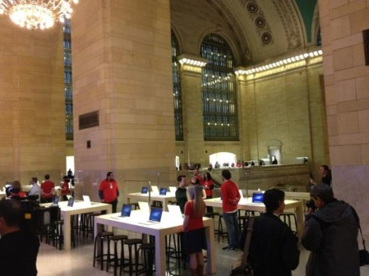 large 1 520x390 Apples new Grand Central store opens Friday, heres a photo tour