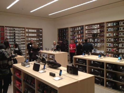 large1 520x390 Apples new Grand Central store opens Friday, heres a photo tour