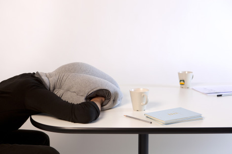 ostrich pillow 1 The Ostrich Pillow: An essential item for anyone who enjoys a nap