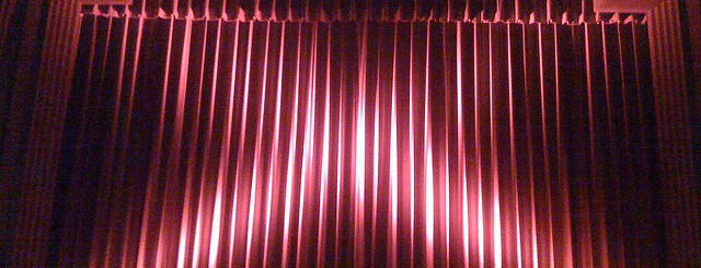 movie curtain by brokentrinkets