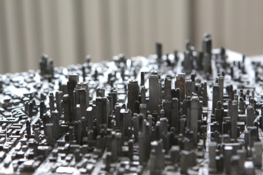 detail 520x346 This artist made a city out of movable type