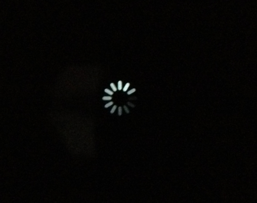 Screen Shot 2012 06 12 at 8.12.34 PM 520x411 Finally: The iPhones shutdown spinner is Retina ready in iOS 6