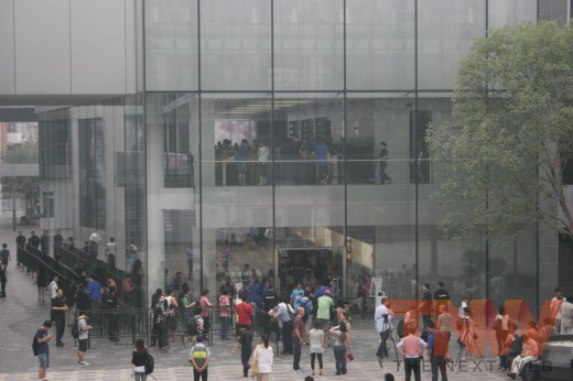 51 520x346 Apples new iPad launches in China with short queues and no chaos