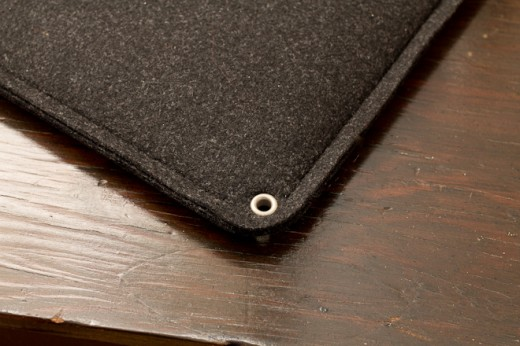 IMG 6949 520x346 Review: Mujjo Originals sheathes your MacBook in lovely swatches of leather and felt