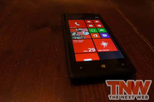DSC01088wtmk 520x345 Review: HTC Windows Phone 8X