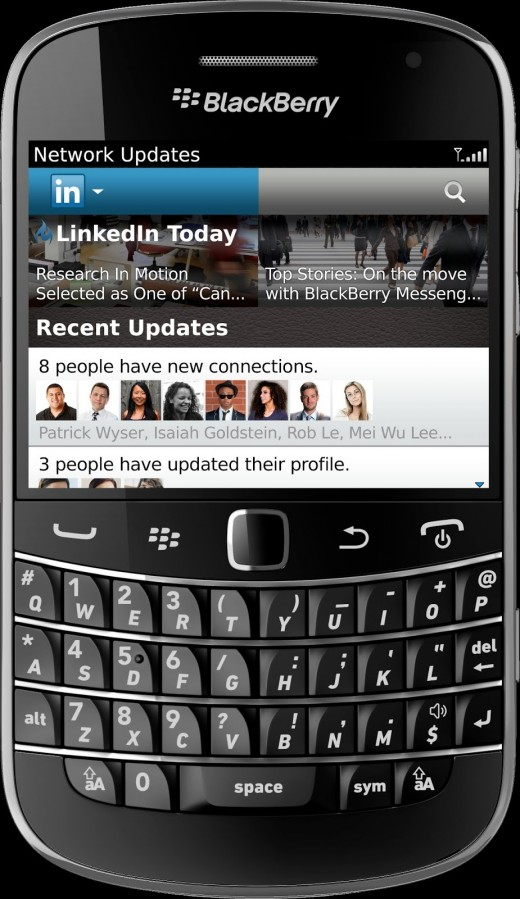 linkedin bb67 520x899 LinkedIn launches better, faster, stronger app for BlackBerry 6 and BlackBerry 7 users