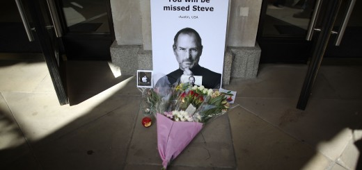 The UK Reacts To The Death Of Apple Co Founder Steve Jobs
