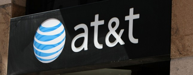 AT&T Posts Quarterly Rise In Profits,Boosted By iPhone Sales