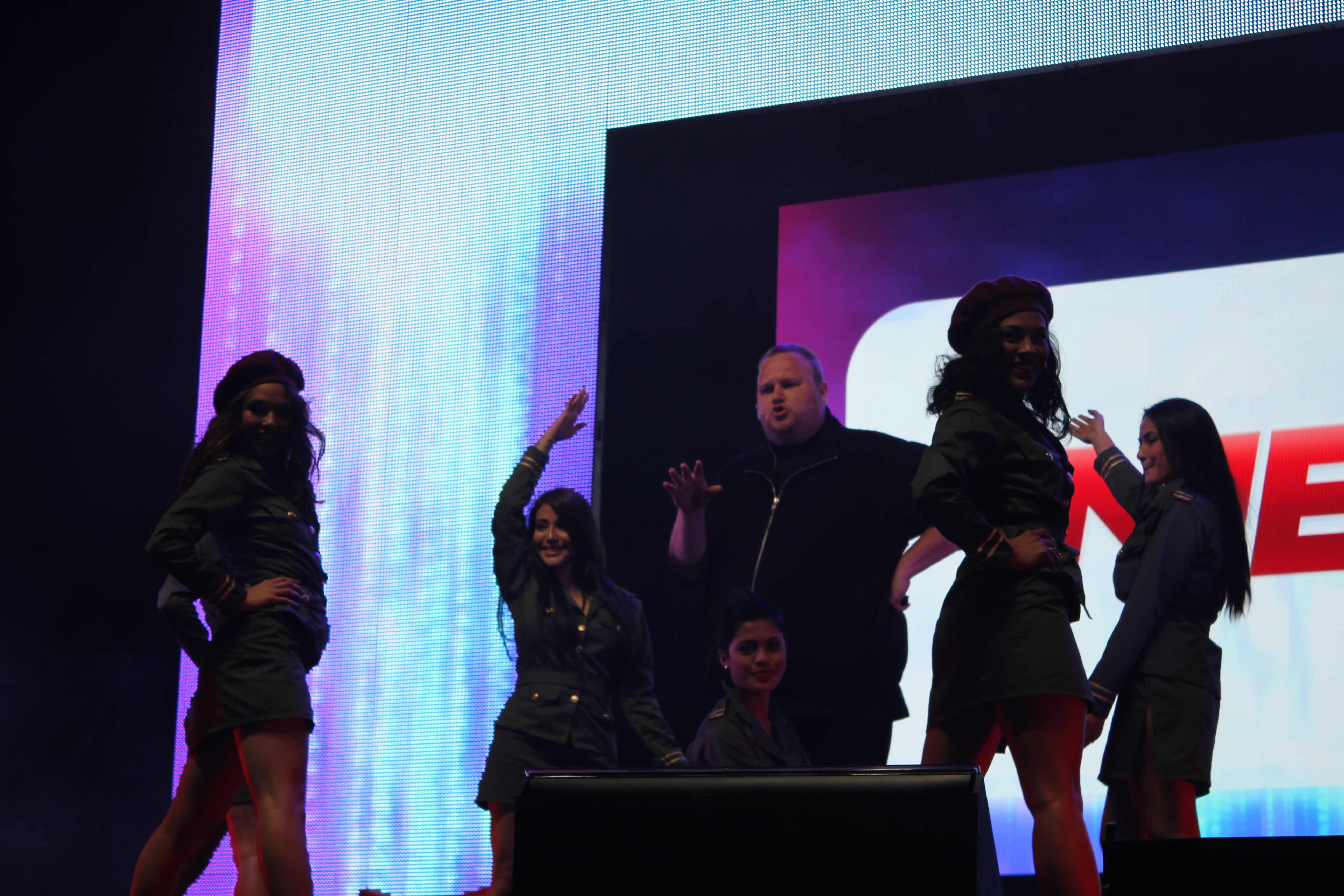 babews Mega hits 1 million users after one day as Kim Dotcom officially launches the service