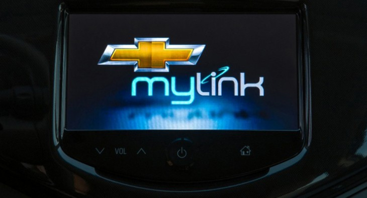 mylink 730x394 Apples Siri added to the Chevrolet Sonic and Spark through MyLink integration
