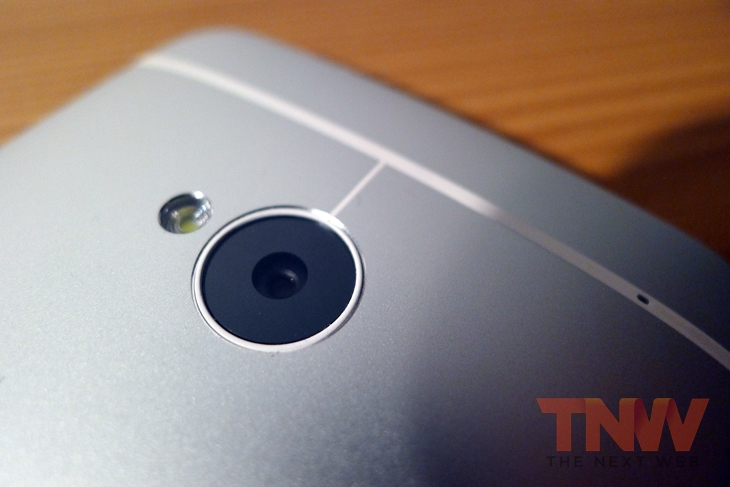one6wtmk HTC One review: An absolutely superb Android smartphone with software flaws