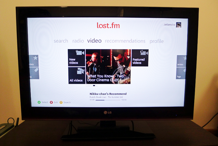 last2 Last.fm gets a striking new redesign on the Xbox 360, but there are some nasty bugs that hold it back