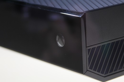 IMG 7961 520x346 Eyes on the Xbox One: An edgy beast with a new controller and Kinect sensor
