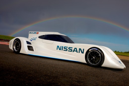 Nissan ZEOD RC 17 520x346 Nissan readies 300KM/h electric hybrid called the ZEOD RC for Le Mans 24 hour race next year