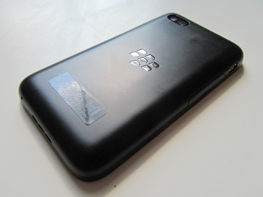 BBQ5 rear 2 520x390 BlackBerry Q5 review: Can BlackBerrys mid range hopeful best the rest?