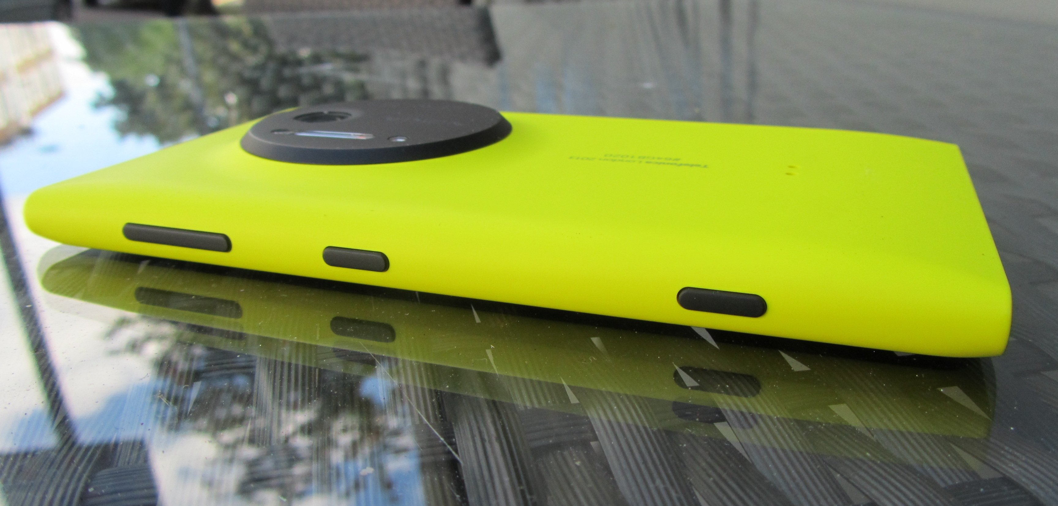 1020 rear Nokia Lumia 1020 review: The best camera phone, but not the best smartphone