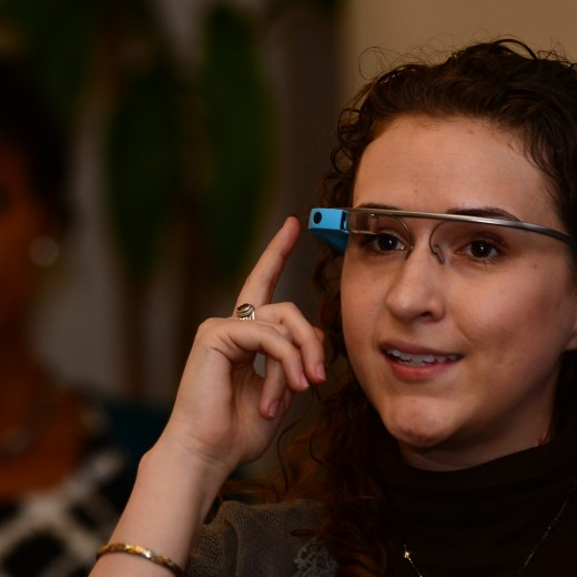 glass 520x520 Google Glass gets app based data sharing, removing the need for a dedicated tethering plan