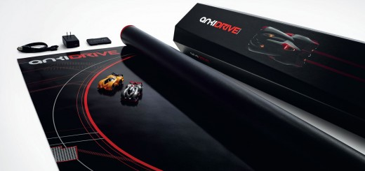 Anki-Drive-Starter-Kit-(3x4-view-on-white-background)