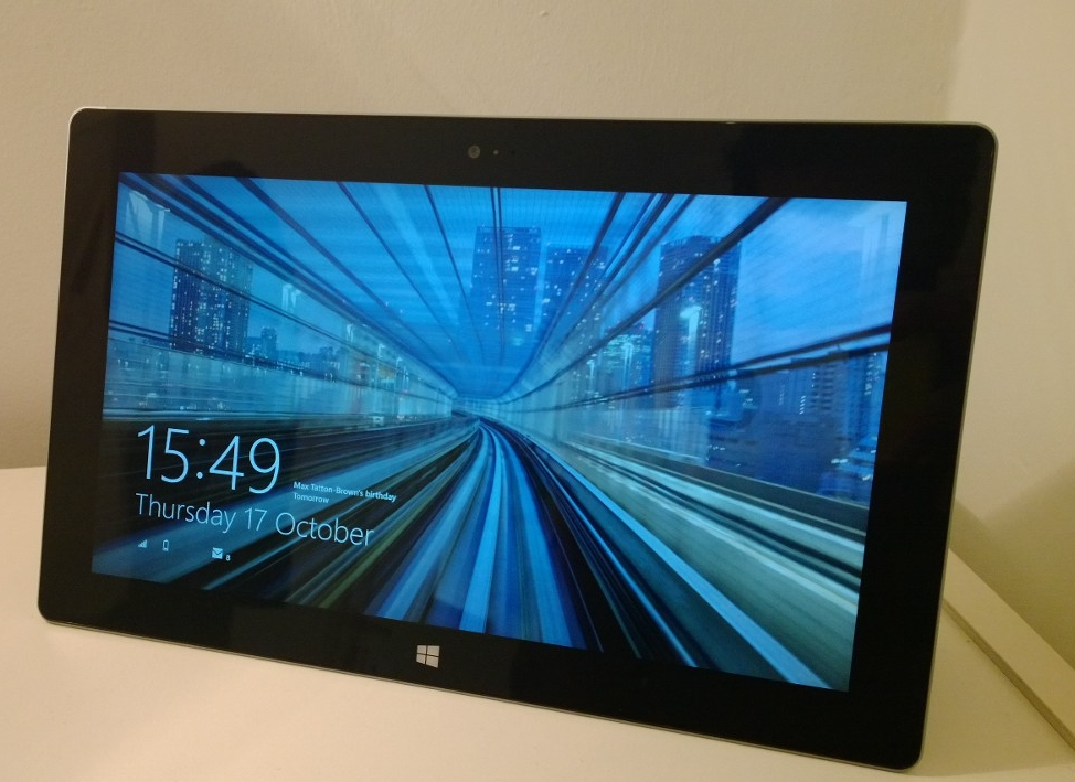 Surface 2 Microsoft Surface 2 review: The tablet that needs to convince the world it deserves to exist
