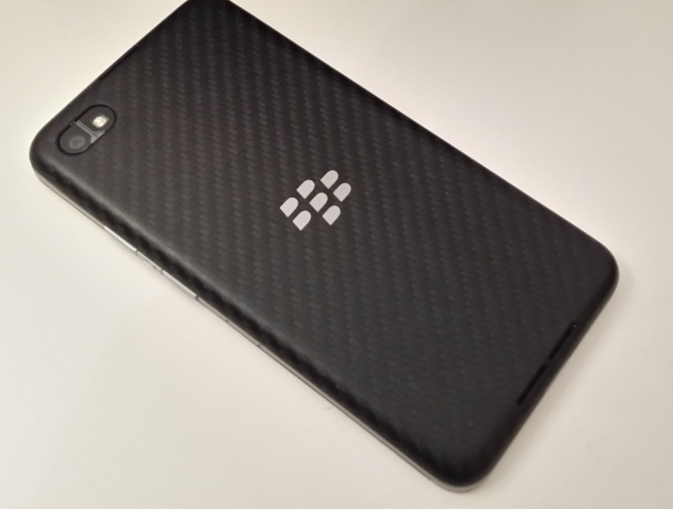 Z30 rear BlackBerry Z30 review: The problem with this phone isnt the hardware. Or the software.