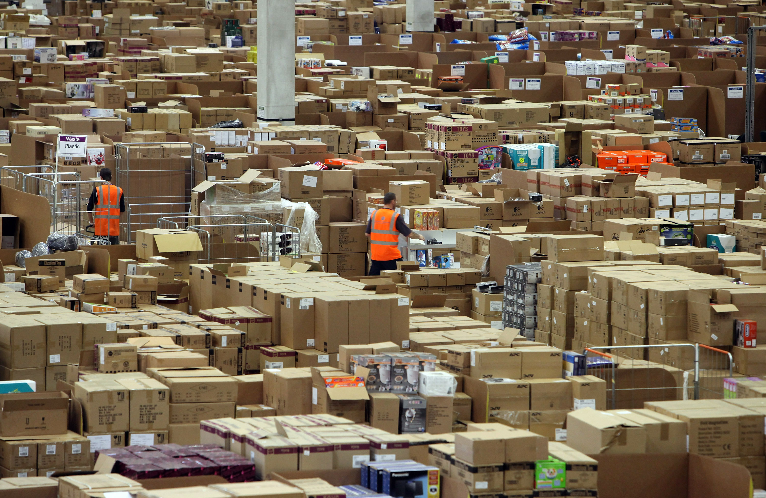 Amazon Marketplace sellers shipped more than 1 billion items in 2013