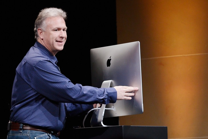 30 imac thin 730x488 30 years in 33 photos: A visual history of the Apple Mac