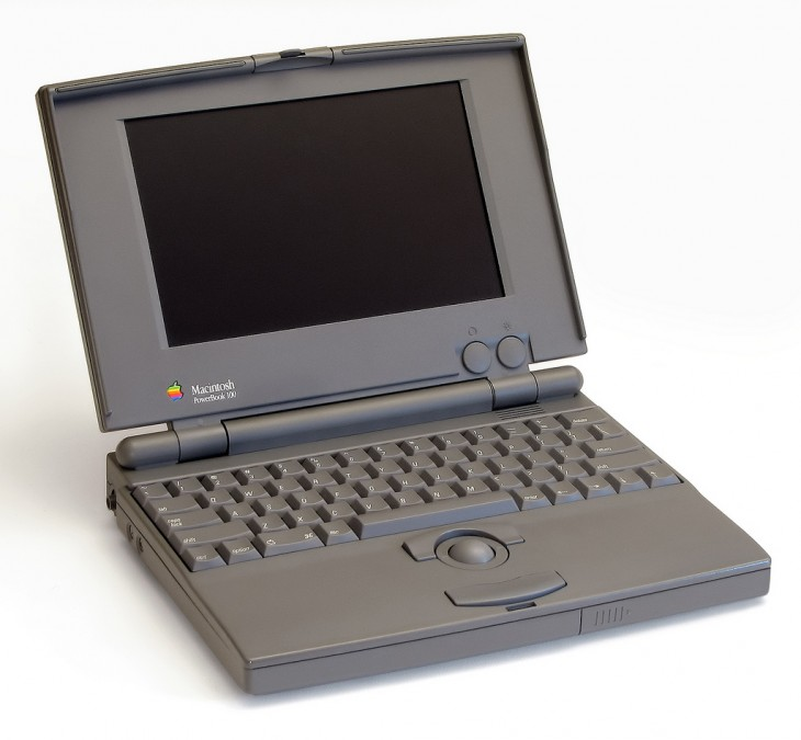 9 powerbook100 730x675 30 years in 33 photos: A visual history of the Apple Mac