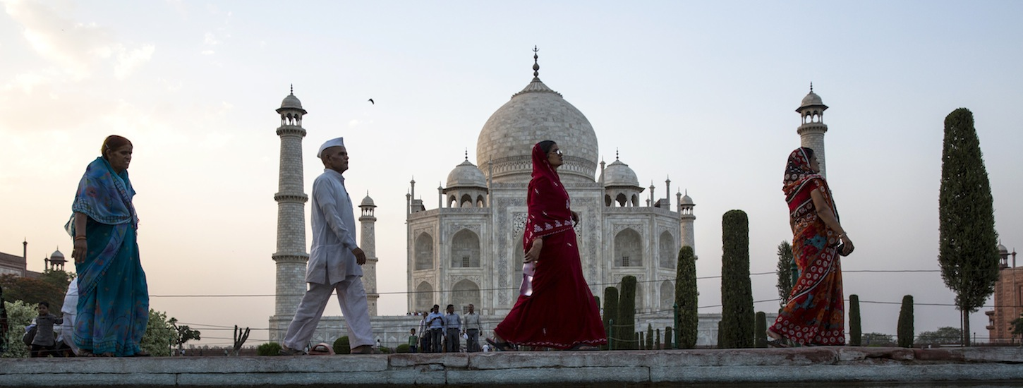 You Can Now Explore India's Taj Mahal On Google Street View