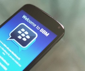 BBM is Getting Photo Sharing in Multi-Person Chats, Larger Files