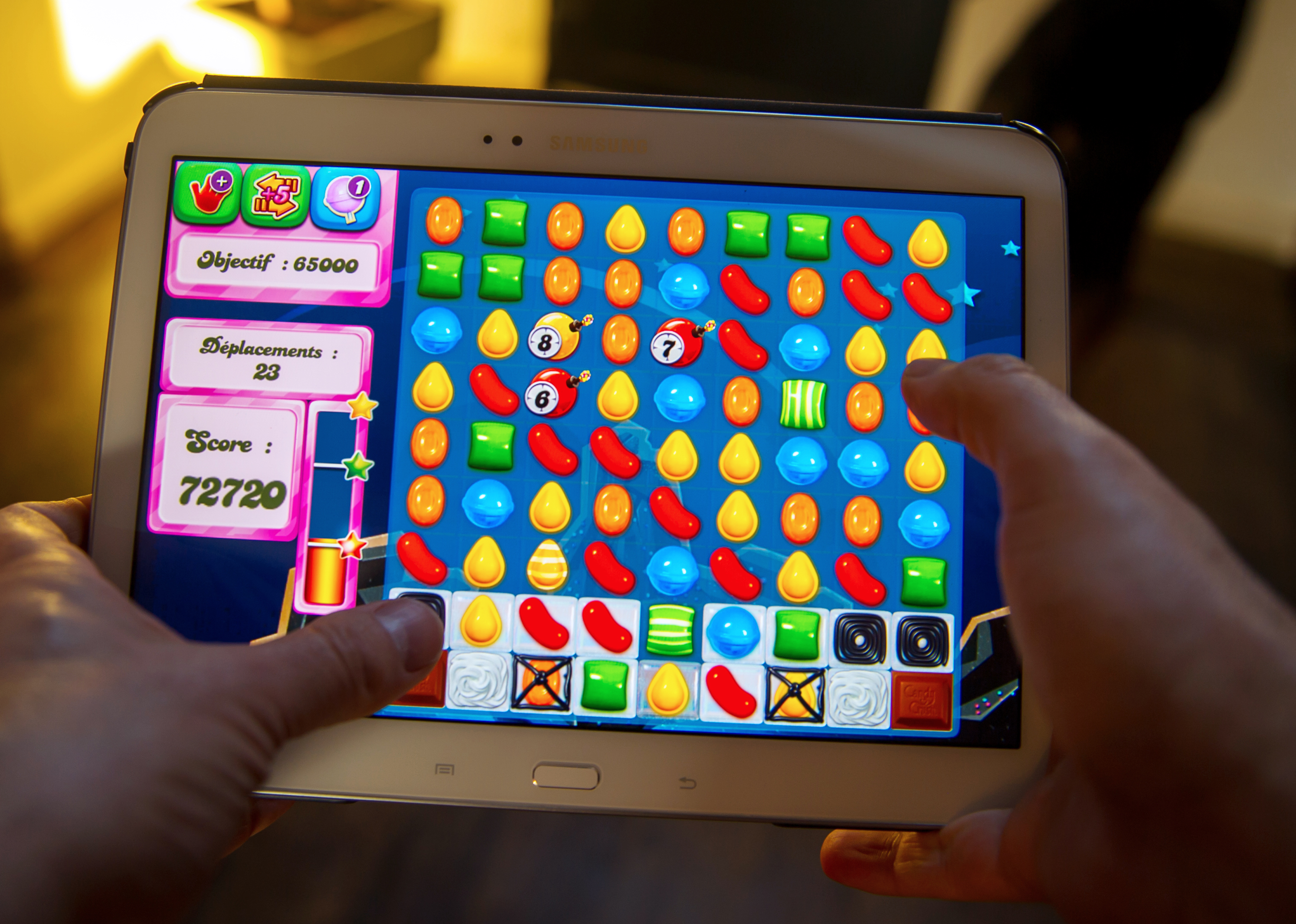 Candy Crush Saga developer King begins trading at $20.50 per share
